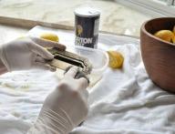 fine-steel-wool-and-lemon-polish